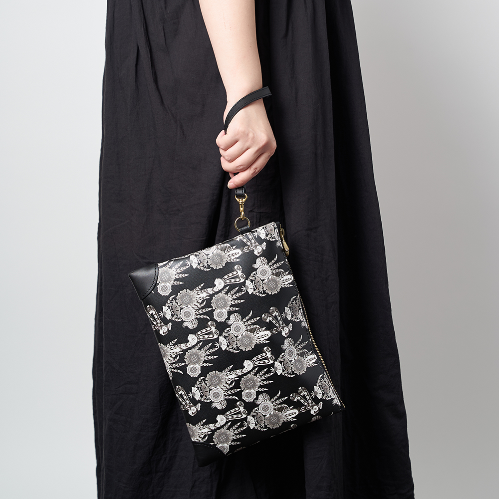 TARPAULIN CLUTCH BAG(黒)